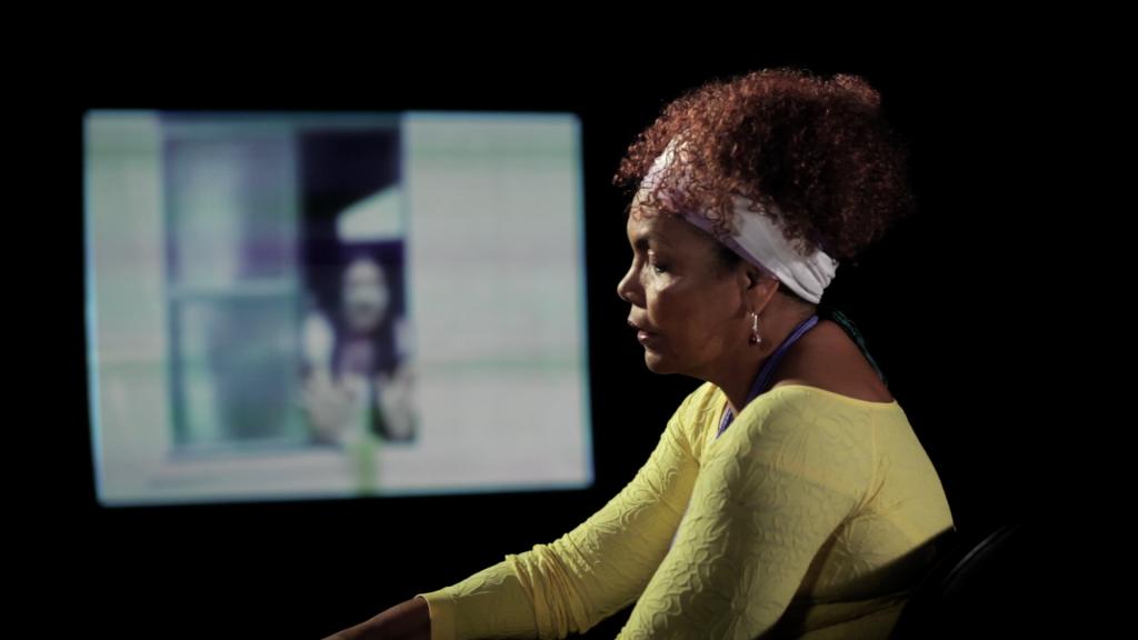 Analba Teixeira, militante feminista, avalia cobertura da imprensa no documentário